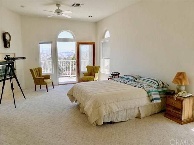 27449 Meadow Drive, Lake Arrowhead, CA 92352 (#SW19275749) :: Z Team OC Real Estate