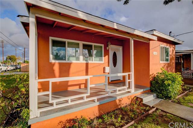 1666 Lakme Avenue, Wilmington, CA 90744 (#SB19276156) :: Legacy 15 Real Estate Brokers