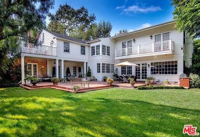 350 N Saltair Avenue, Los Angeles (City), CA 90049 (#19534640) :: Sperry Residential Group