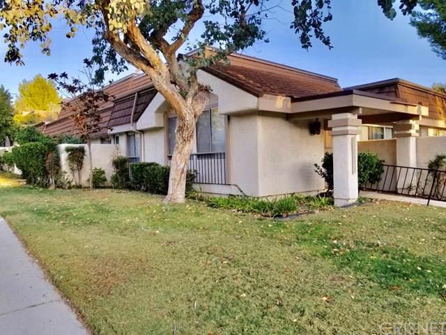 10161 Larwin Avenue #1, Chatsworth, CA 91311 (#SR19276360) :: Allison James Estates and Homes