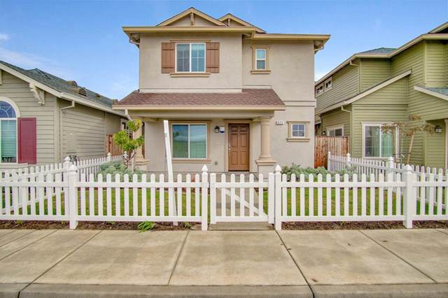 925 Rogge Road, Salinas, CA 93906 (#ML81776805) :: Steele Canyon Realty