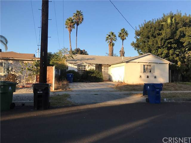 11827 Lemay Street, North Hollywood, CA 91606 (#SR19276423) :: Sperry Residential Group