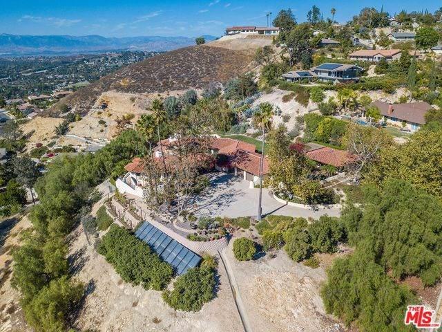 2716 Sapra Street, Thousand Oaks, CA 91362 (#19535018) :: Allison James Estates and Homes