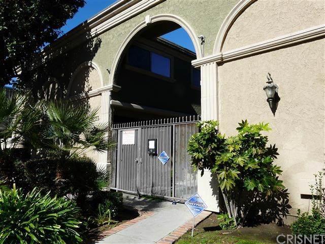 20225 Cohasset Street #5, Winnetka, CA 91306 (#SR19276470) :: Harmon Homes, Inc.