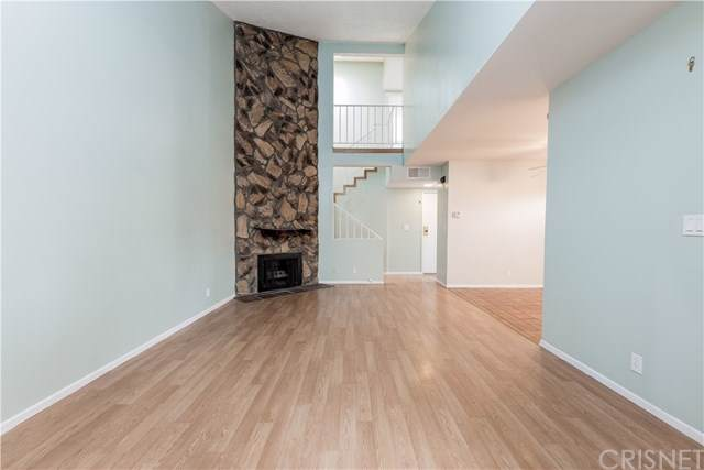 8435 Columbus Avenue #17, North Hills, CA 91343 (#SR19275141) :: Better Living SoCal