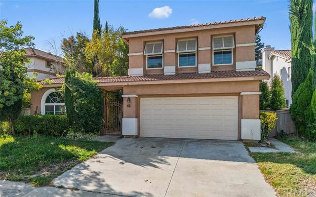 42 Villa Valtelena, Lake Elsinore, CA 92532 (#ND19274917) :: A|G Amaya Group Real Estate