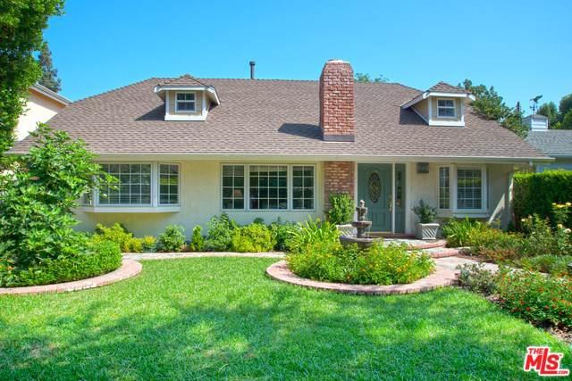 13619 Chandler, Sherman Oaks, CA 91401 (#19534626) :: J1 Realty Group