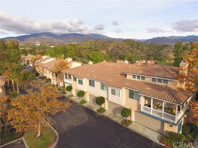 124 Tierra Montanosa, Rancho Santa Margarita, CA 92688 (#OC19275806) :: The Costantino Group | Cal American Homes and Realty