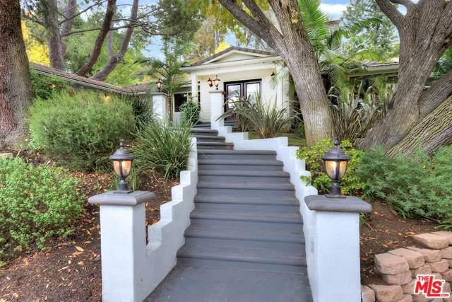 15514 Del Gado Drive, Sherman Oaks, CA 91403 (#19534608) :: J1 Realty Group
