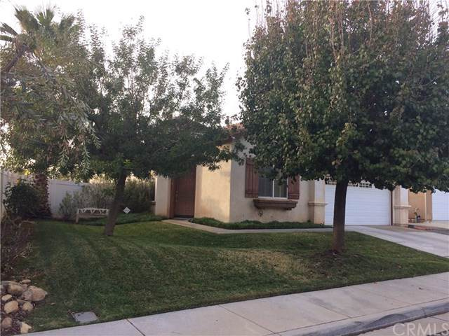 1517 Apple Canyon Road, Beaumont, CA 92223 (#EV19276457) :: Allison James Estates and Homes