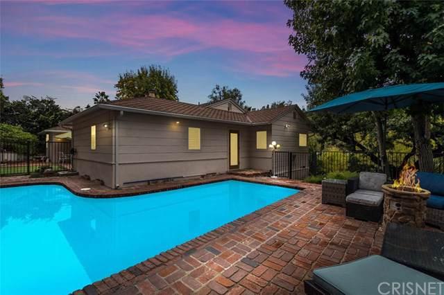 15461 Del Gado Drive, Sherman Oaks, CA 91403 (#SR19276646) :: J1 Realty Group