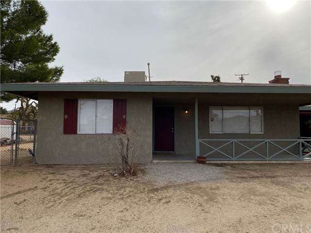 56579 Mountain View, Yucca Valley, CA 92284 (#JT19276369) :: eXp Realty of California Inc.