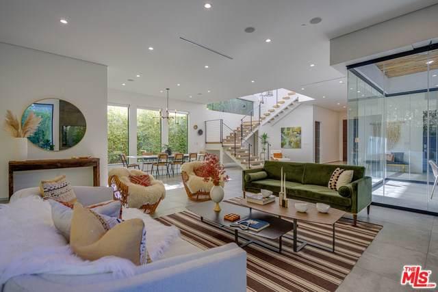 622 N Edinburgh Avenue, Los Angeles (City), CA 90048 (#19534344) :: J1 Realty Group