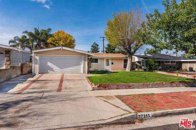 27311 Altamere Avenue, Canyon Country, CA 91351 (#19535116) :: Sperry Residential Group