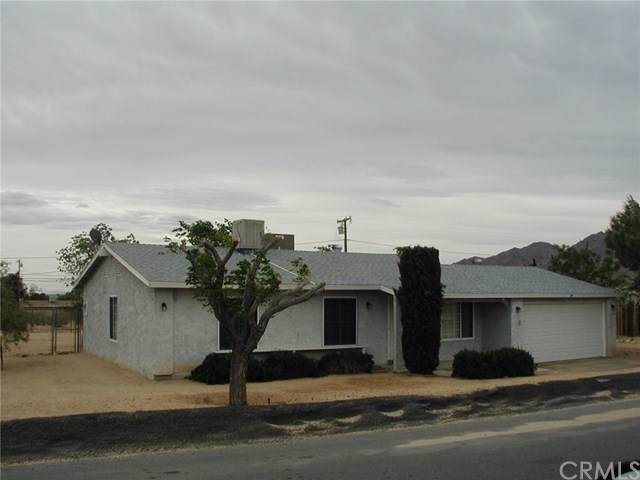 6161 Encelia Drive, 29 Palms, CA 92277 (#JT19275949) :: The Laffins Real Estate Team