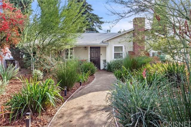 22712 Berdon Street, Woodland Hills, CA 91367 (#SR19277169) :: Go Gabby