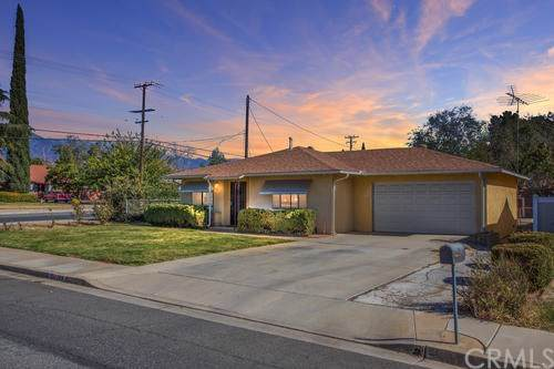 798 Massachusetts Avenue, Beaumont, CA 92223 (#IV19277191) :: J1 Realty Group