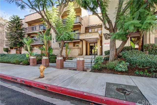 22100 Burbank Boulevard 300A, Woodland Hills, CA 91367 (#TR19274359) :: Sperry Residential Group