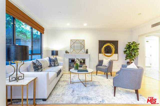12218 Montana Avenue #102, Los Angeles (City), CA 90049 (#19533654) :: Sperry Residential Group