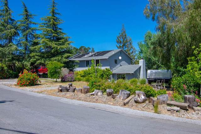 878 Hillcrest Drive - Photo 1