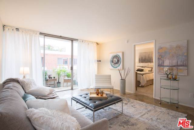 11750 W Sunset #424, Los Angeles (City), CA 90049 (#19535402) :: Sperry Residential Group