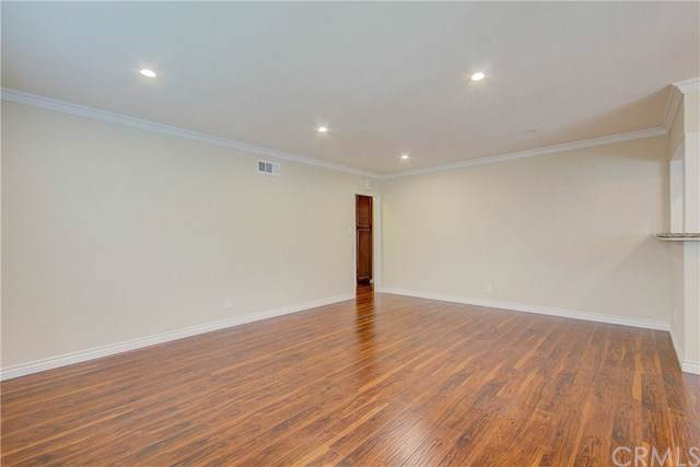 17019 Van Ness Avenue, Torrance, CA 90504 (#SB19275482) :: Sperry Residential Group