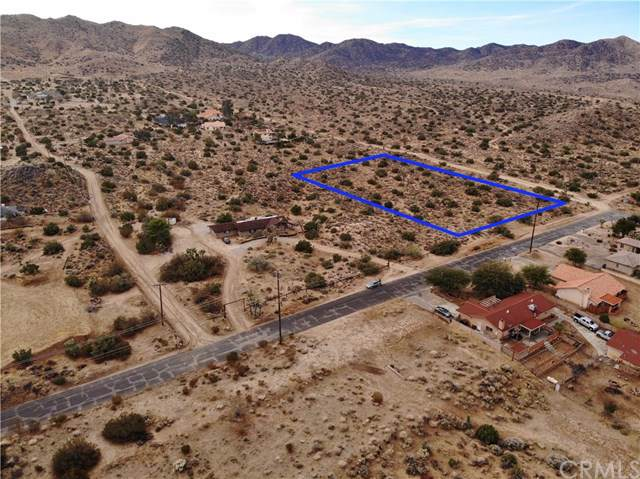 57729 San Andreas Road, Yucca Valley, CA 92284 (#JT19277508) :: Allison James Estates and Homes