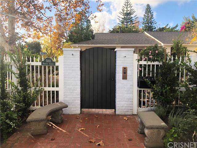 5101 Babcock Avenue, Valley Village, CA 91607 (#SR19277450) :: Z Team OC Real Estate