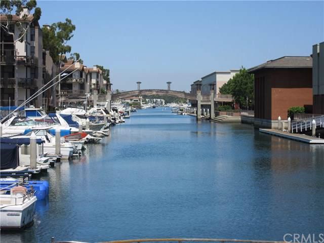 9231 Marina Pacifica Drive N, Long Beach, CA 90803 (#PW19277523) :: The DeBonis Team