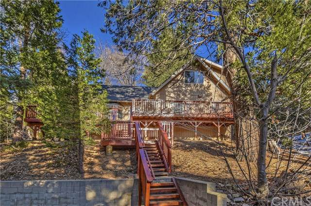 373 Summit Drive, Lake Arrowhead, CA 92352 (#EV19277867) :: Allison James Estates and Homes