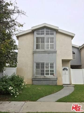 15801 Wyandotte Street #108, Van Nuys, CA 91406 (#19535502) :: Sperry Residential Group