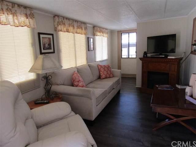 1243 Bounty Way, San Jacinto, CA 92583 (#SW19277931) :: Doherty Real Estate Group