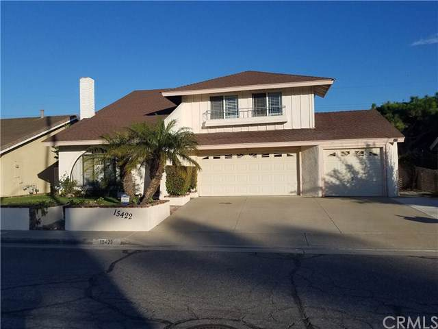 15422 Cottonwood Circle, Huntington Beach, CA 92647 (#PW19277932) :: J1 Realty Group