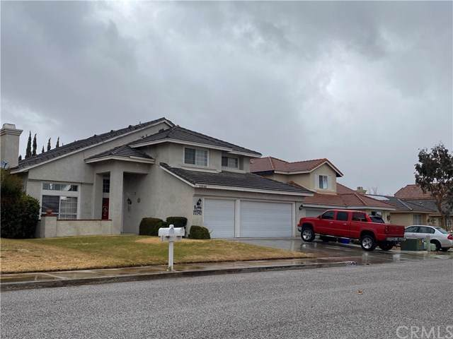 13242 Berkeley Lane, Victorville, CA 92392 (#CV19277996) :: eXp Realty of California Inc.