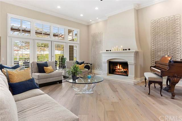 1567 Willow Wood Circle, Orange, CA 92869 (#OC19274368) :: Allison James Estates and Homes
