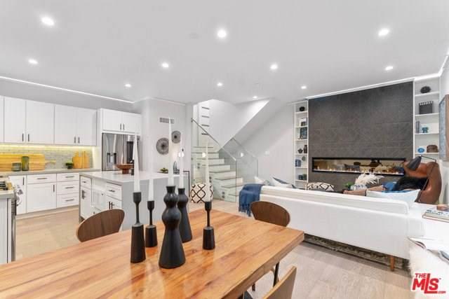 1260 N Kings Road #11, West Hollywood, CA 90069 (#19535588) :: Rogers Realty Group/Berkshire Hathaway HomeServices California Properties