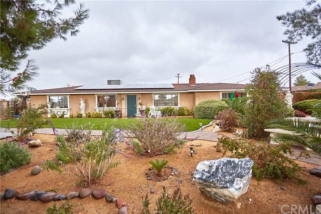19176 Red Feather Road, Apple Valley, CA 92307 (#CV19278111) :: Sperry Residential Group