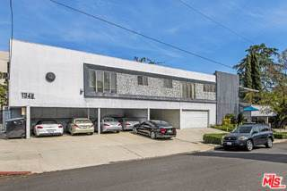 1346 N Stanley Avenue, Los Angeles (City), CA 90046 (#19530506) :: Sperry Residential Group