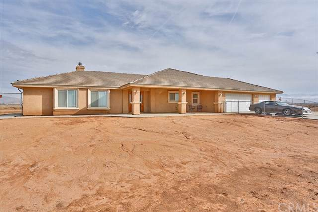 15285 Mesquite Road, Apple Valley, CA 92307 (#CV19278214) :: Sperry Residential Group