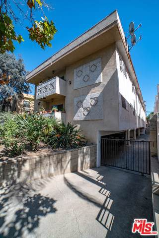 812 N Martel Avenue, Los Angeles (City), CA 90046 (#19535736) :: Sperry Residential Group