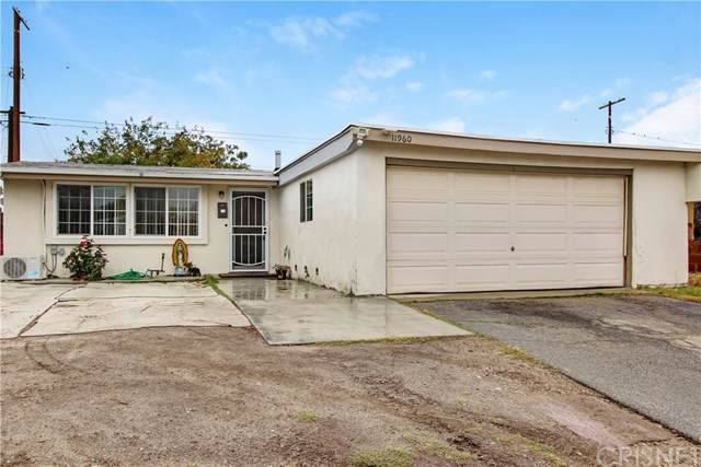 11960 Sproule Avenue, San Fernando, CA 91340 (#SR19278402) :: The Brad Korb Real Estate Group