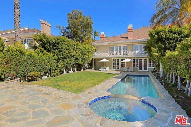 2107 Stoney Hill Road, Los Angeles (City), CA 90049 (#19535458) :: Sperry Residential Group