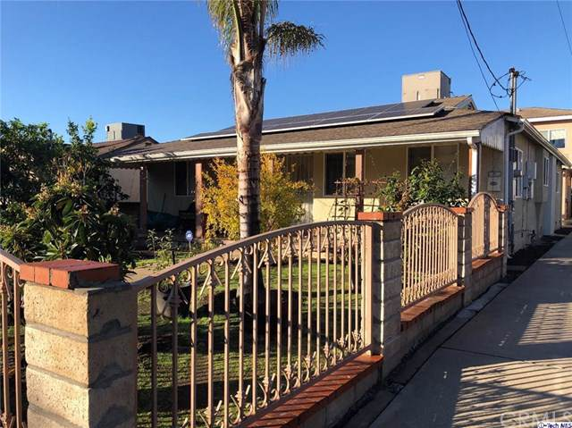 5247 Auckland Avenue, North Hollywood, CA 91601 (#319004846) :: Sperry Residential Group