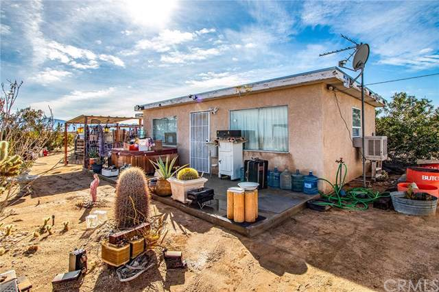 69965 Valle Vista Road, 29 Palms, CA 92277 (#JT19277036) :: RE/MAX Masters