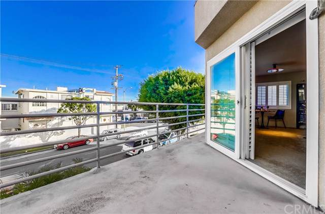 2331 S Cabrillo Avenue #1, San Pedro, CA 90731 (#SB19276275) :: Sperry Residential Group