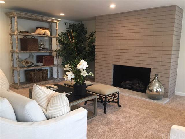 215 Via Genoa, Newport Beach, CA 92663 (#NP19278660) :: Sperry Residential Group