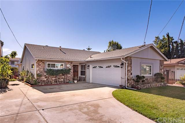 13816 Cantlay Street, Van Nuys, CA 91405 (#SR19279093) :: The Brad Korb Real Estate Group