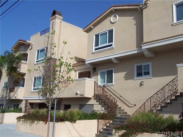 12645 Oxnard Street #12, Valley Glen, CA 91606 (#SR19279011) :: Harmon Homes, Inc.