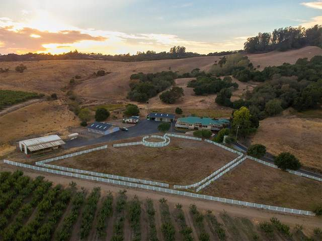 1483 Green Valley Road, Watsonville, CA 95076 (#ML81777139) :: eXp Realty of California Inc.