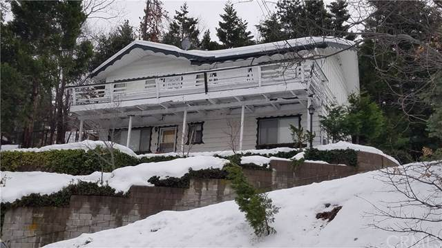 24879 Faulhorn Drive, Crestline, CA 92325 (#EV19279332) :: Allison James Estates and Homes